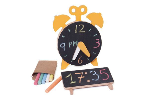 Chalking O'Clock Store